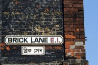 1024px-Brick_Lane_street_signs