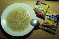 Instantní_vietnamská_polévka